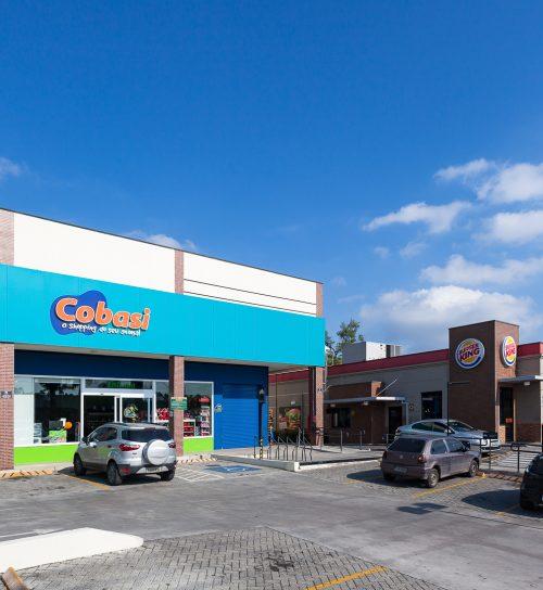 Best Center Embu das Artes - Elias Yazbek Cobasi fachada ampla