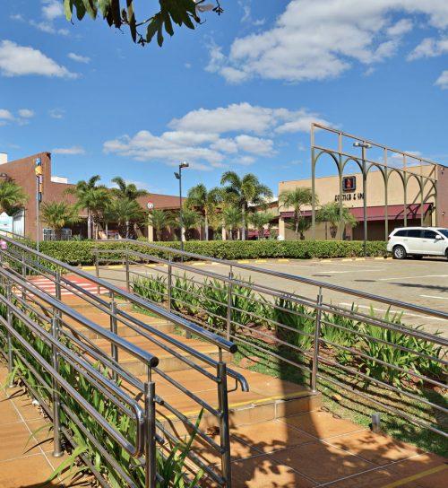 Best Center Ribeirão Preto - Mirante Sul estacionamento
